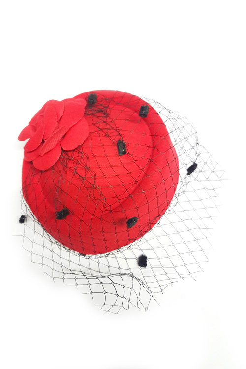 Marilyn Red Round Fascinator by Banned Apparel