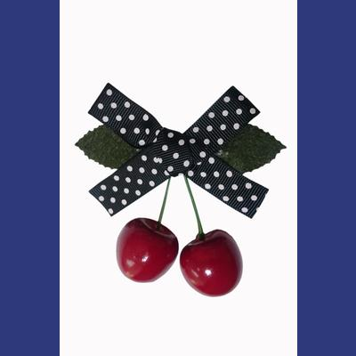 Hamilton Cherry Bow Hairclip by Banned - Black/White
